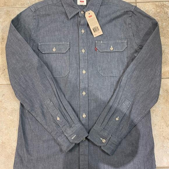 NWT Levi's Grey denim button up shirt M